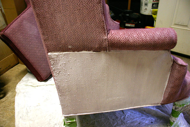 coat of primer on chair against chair with no primer