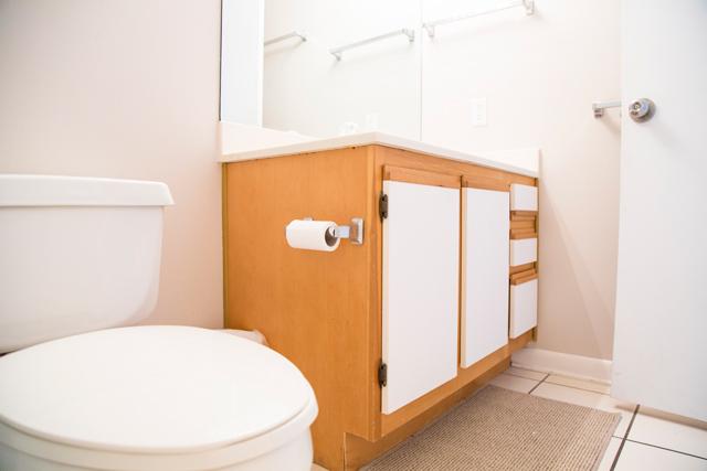 Condo Hall Bathroom Before
