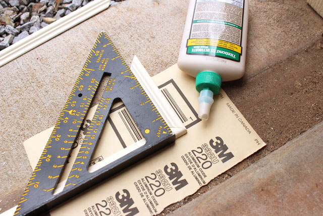 Using Speed Square to Square Molding Frame