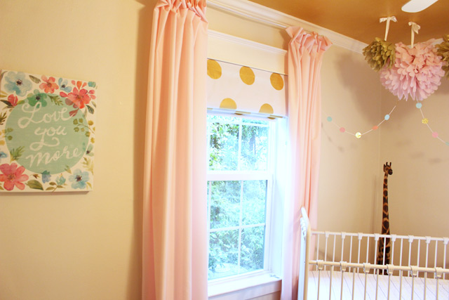 Complimentary Garland and Canvas