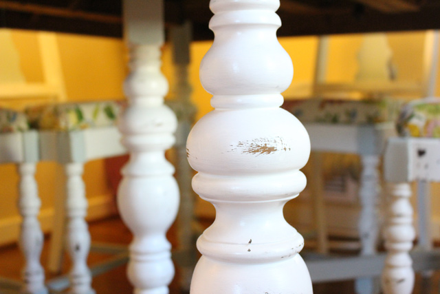 pretty spun spindles on white dining room table legs