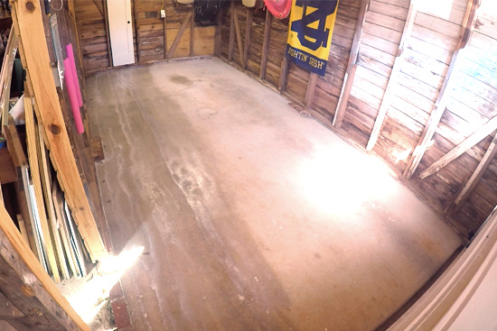 Sealing Concrete Garage Floor With Thompson S Water Seal Multisurface Waterproofer