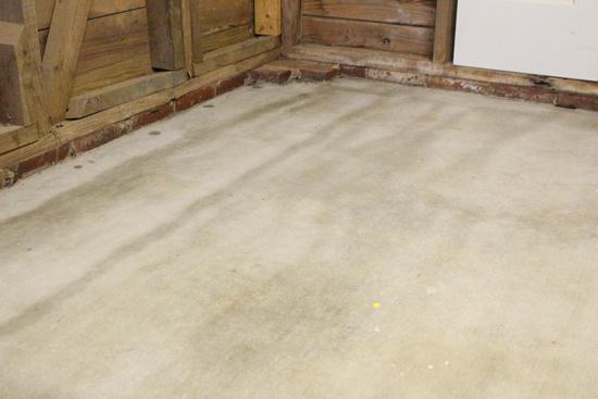 Streaks on Concrete After Applying Sealer