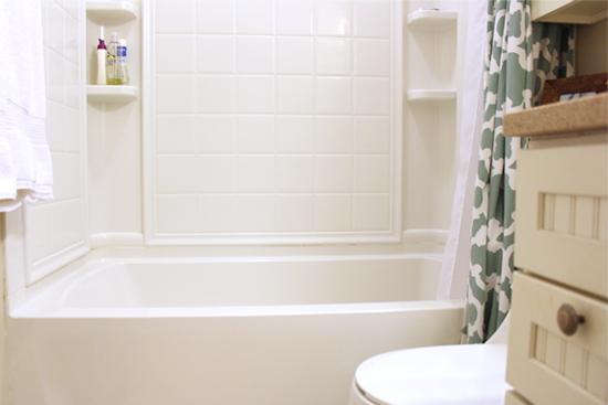 White Tub/Shower Before Grab Bar Installation