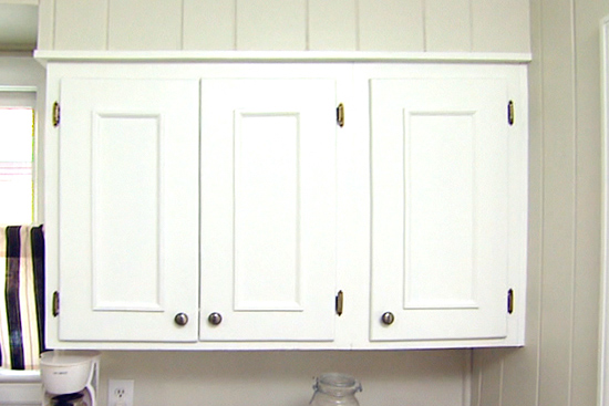 Molding Applied to Kitchen Cabinet Upgrade