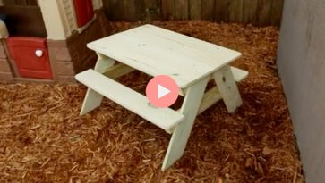 How To Video Toddler-Sized Kid Picnic Table