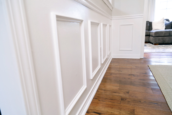 Wainscoting Faux Panels on Wall in Dining Room