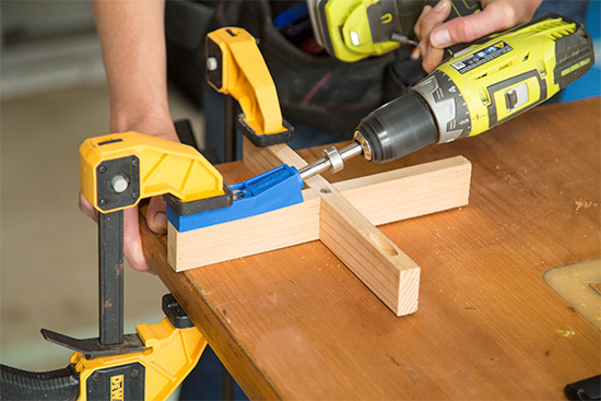 Drilling Pocket Hole with Kreg Jig and Clamps