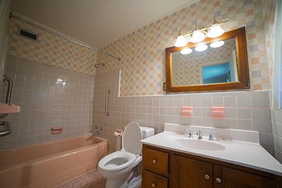 1950s Pink Master Bathroom