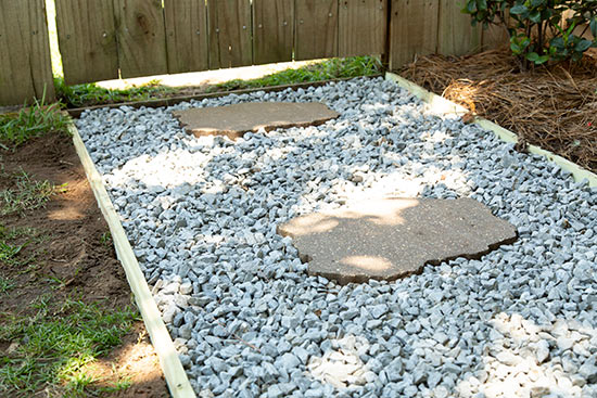 Stepping Stones and Gravel Create Inexpensive Low Maintenance Walkway