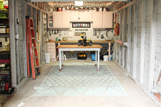 Clean Up Garage and Storage Spaces for Selling