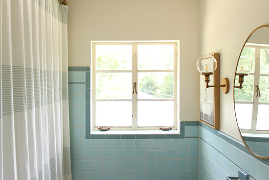 Vintage Bathroom with Modernized Features