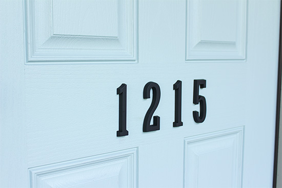 Large House Numbers on Center of Front Door