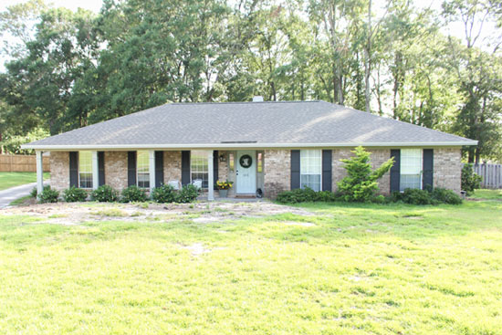 Ranch Style Home After Instant Front Porch Update